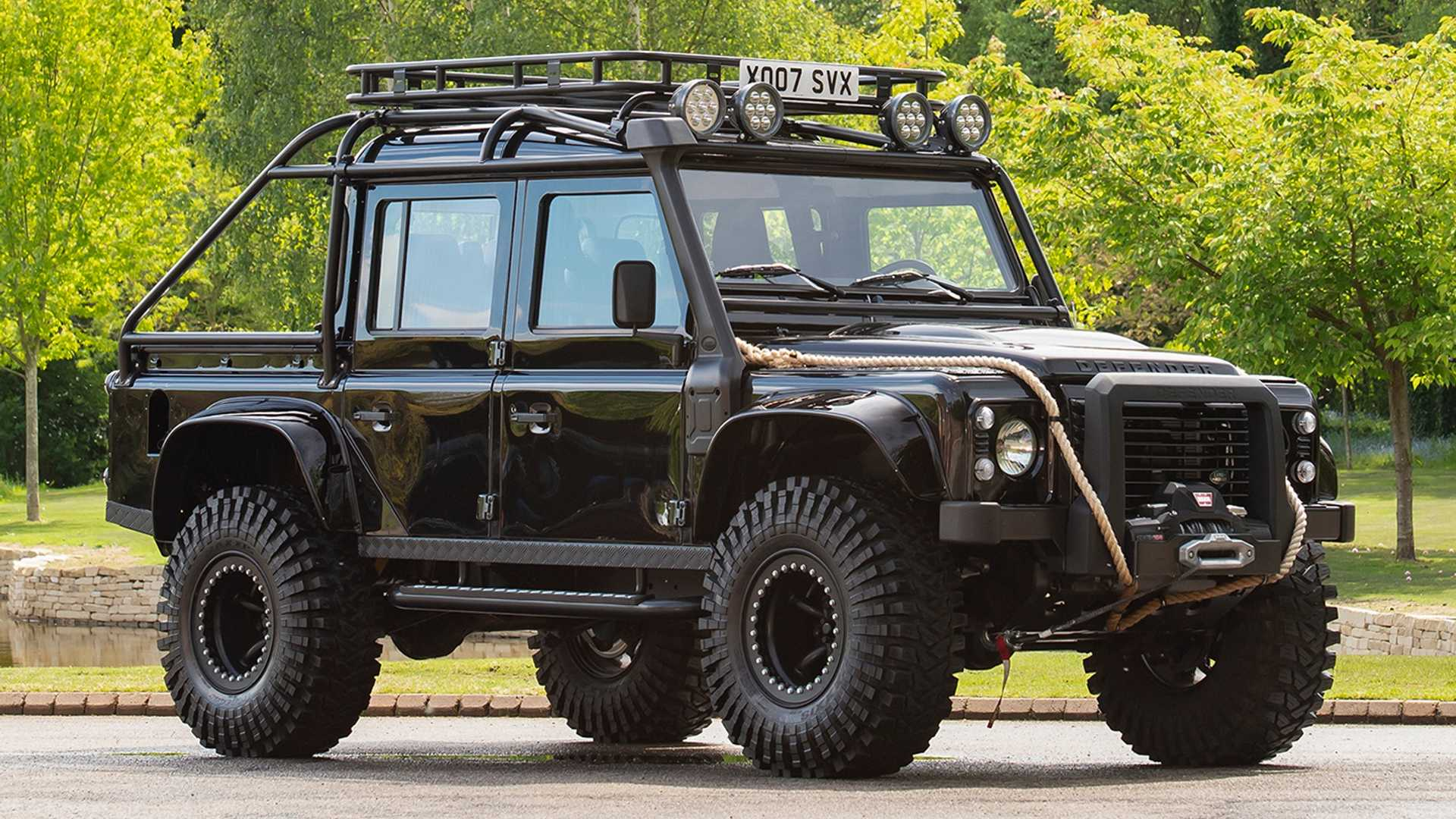 spectre-land-rover-defender-for-sale.jpg