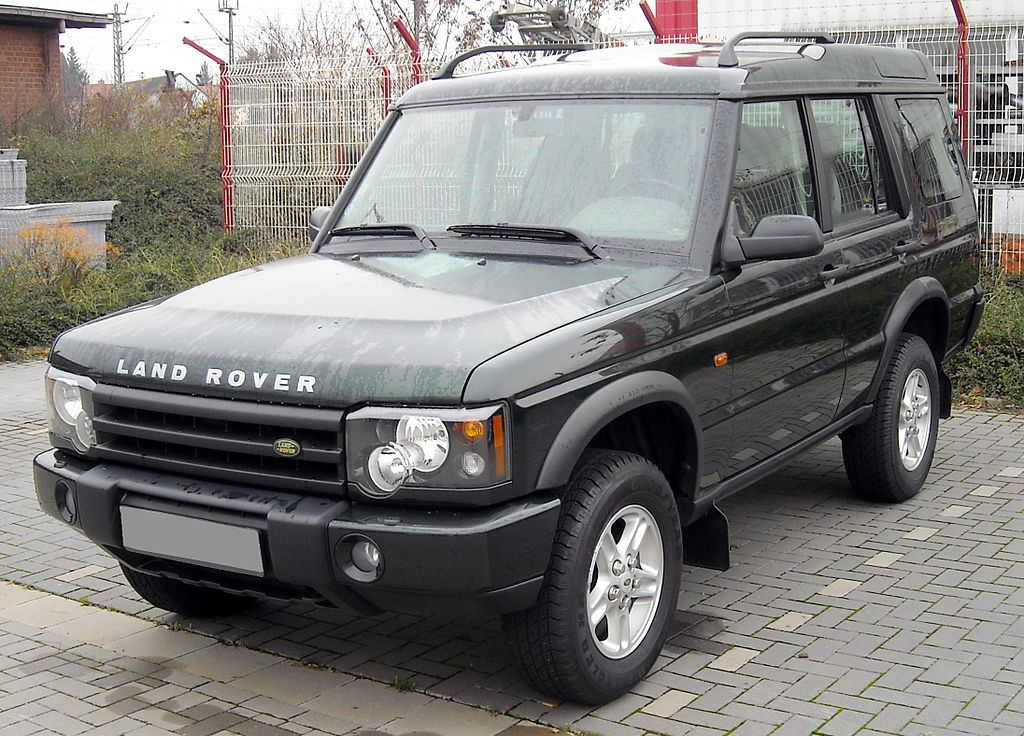 1024px-Land_Rover_Discovery_front_20081201.jpg