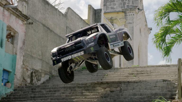 Watch-BJ-Baldwin_s-Trophy-Truck-Storm-Through-Havana.jpg